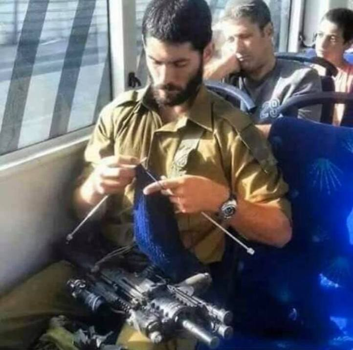 army knitter